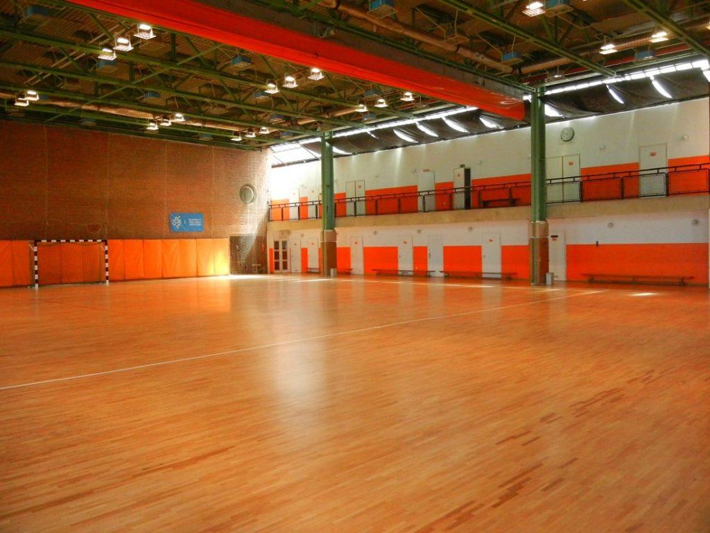 SINOSZ Sportcentrum – Karbantartó-portás