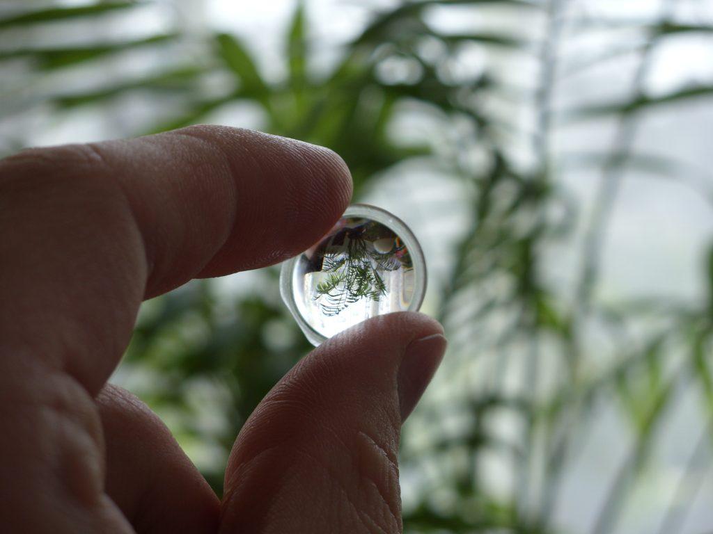 Mikroglass Kft. – Betanított optikai lencsekészítő